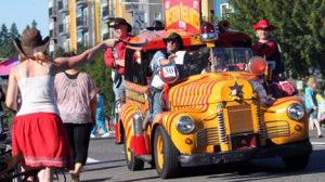 LC Parade 1